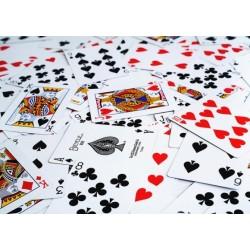 10 jocuri de carti cu reguli putine si strategie multa